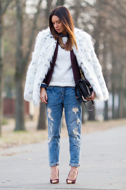 cashmere in style coat jacket shirt sweater jeans jewels bag shoes