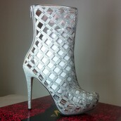 shoes,heels,high heels,wedding shoes,silver,rhinestones,glitter shoes,sparkly heels,sparkly shoes