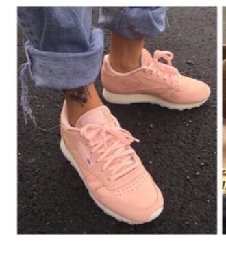 shoes rebok pink