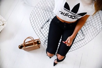 t-shirt adidas camel bag