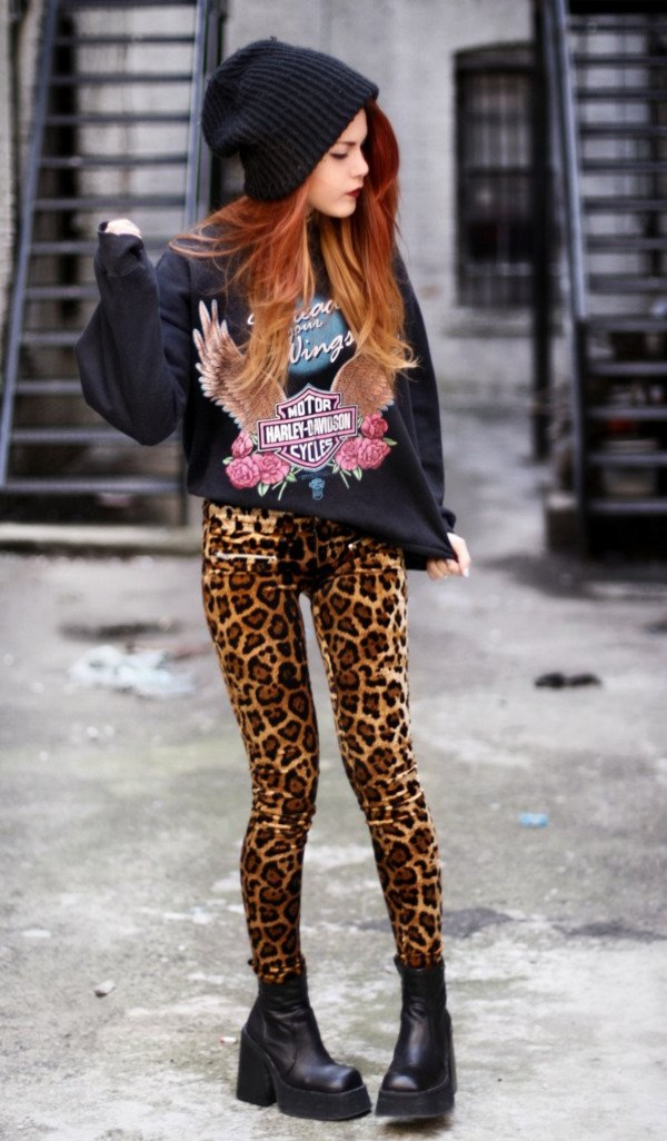 sweater harley davidson leggings leopard print sweatshirt platform shoes boots hat pants shoes