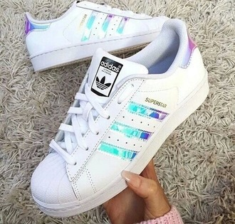 shoes metallic shoes adidas shoes adidas superstars adidas holographic superstar originals white low top sneakers white sneakers girly girl girly wishlist adidas originals holographic shoes hologram sneakers causal shoes laser symphony white sneakers cool galaxy superstar adidas adidas wings adidas supercolor
