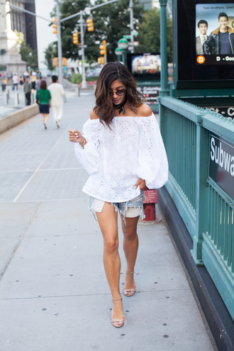 this time tomorrow blogger top shorts shoes sunglasses jewels