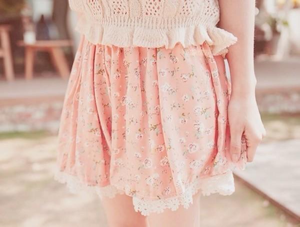shorts light pink mini flower shorts