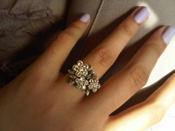 ring flowers jewelry