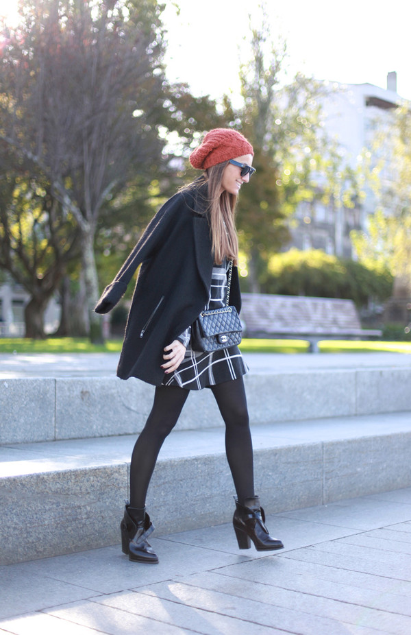 b a r t a b a c t-shirt skirt coat hat bag shoes sunglasses