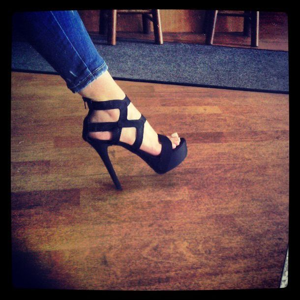 shoes classy classic black black shoes black heels black high heels high heels platform high heels platform sandals platform shoes summer shoes autumn heels fall outfits fall style sexy sexy shoes sexy heels sexy high heels high heel sandals