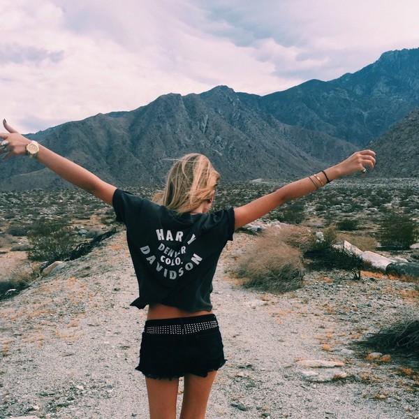t-shirt t-shirt harley davidson girl blonde hair summer girl shirts