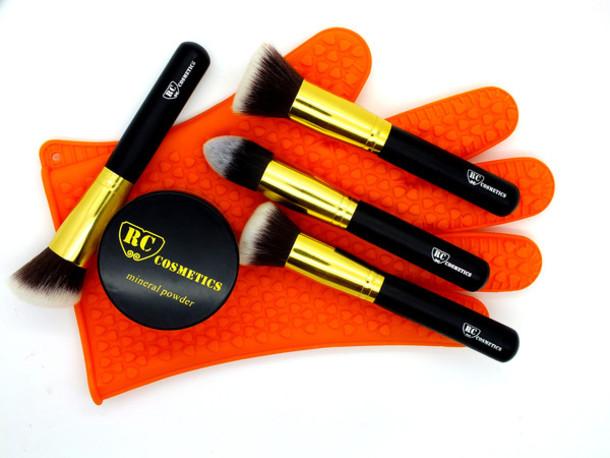 make-up makeup palette makeup brushes makeup table cosmetics rccosmetics