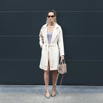 from brussels with love blogger jacket dress shoes bag jewels