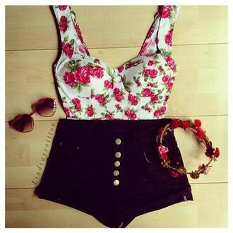 t-shirt white floral pink crop tops pretty roses black denim shorts bandeau