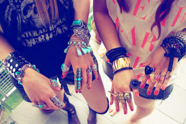jewels turquoise jewels Accessory tank top turqoise ring bracelets shorts clothes diamonds silver shining black pearl turquoise