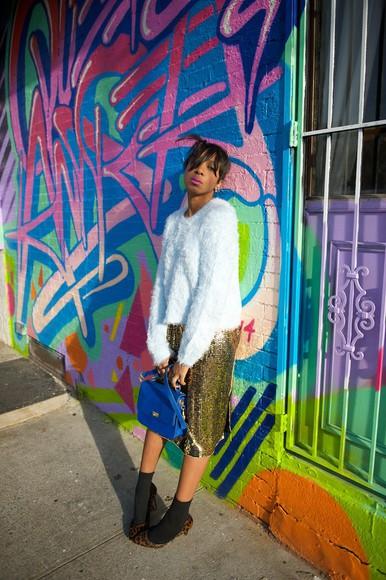 midi skirt blogger bag make-up where did u get that socks gold sequins animal print