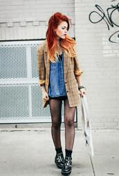 le happy,blogger,jacket,denim shirt,tights,shirt,shoes,dress,printed blazer,red hair,mini skirt