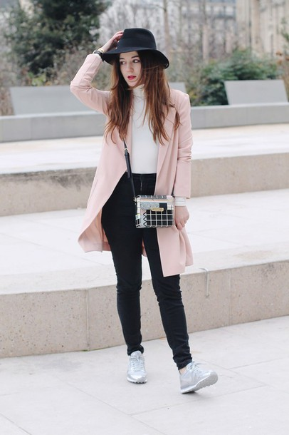elodie in paris blogger jacket jeans shoes bag hat jewels