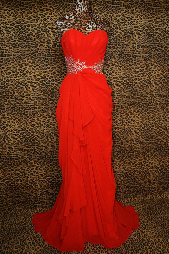 Listing of sheath sweetheart neck strapless by dreambridalstudio