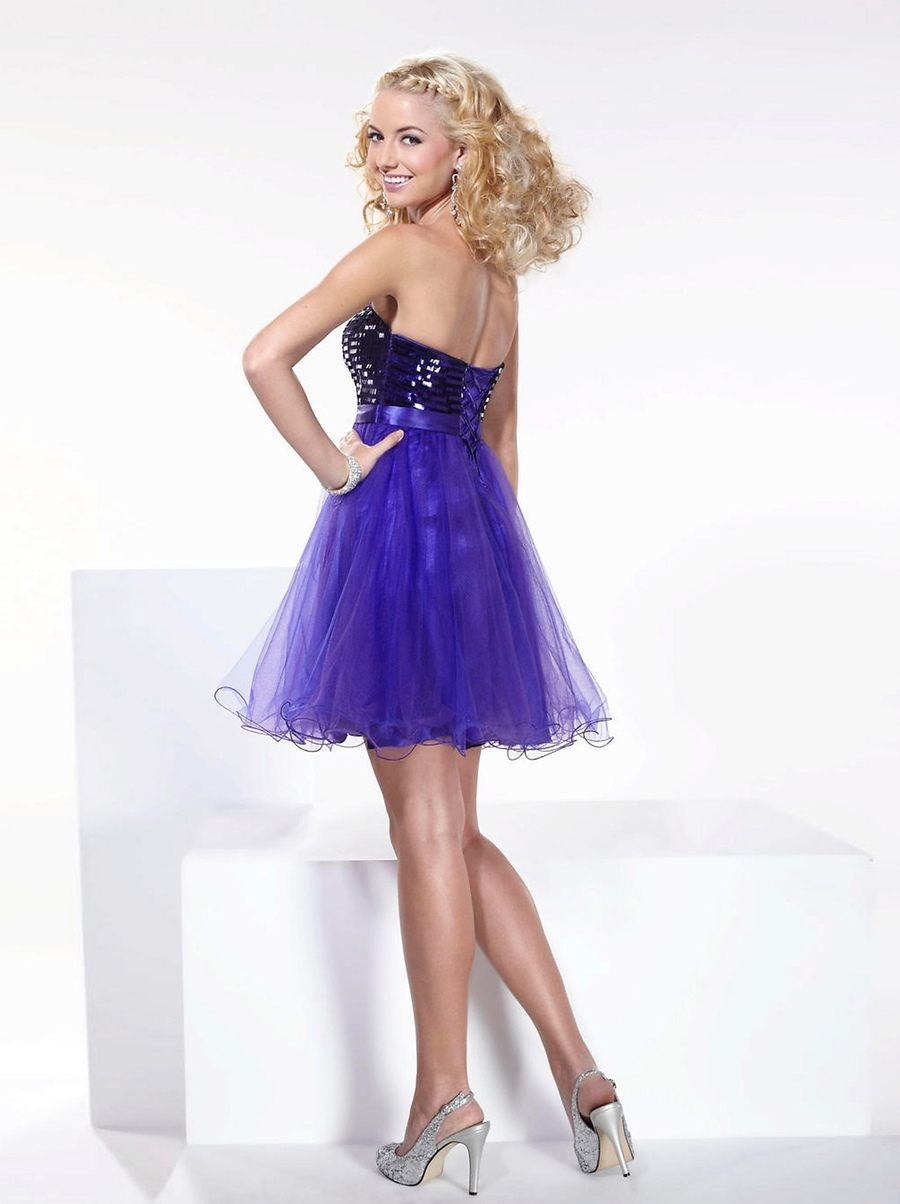 Fashionable Strapless Sequins Bust Tulle Hem Purple Homecoming Dresses - Happidress