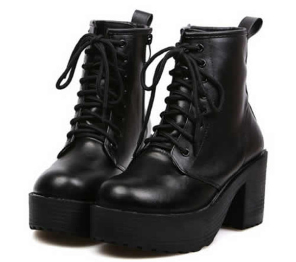 shoes platform shoes black lace up goth chuncky heels goth hipster