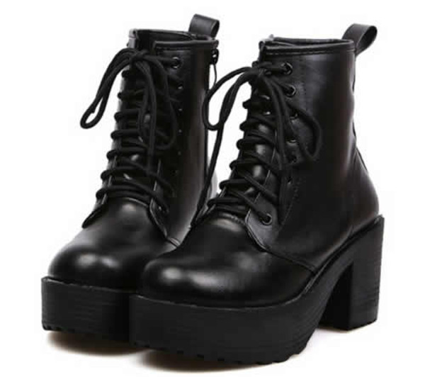 shoes platform shoes black chuncky heels lace up goth goth hipster