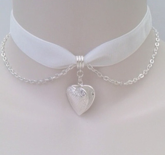 jewels heart necklace chain white not jewels lace choker pretty classy soft grunge