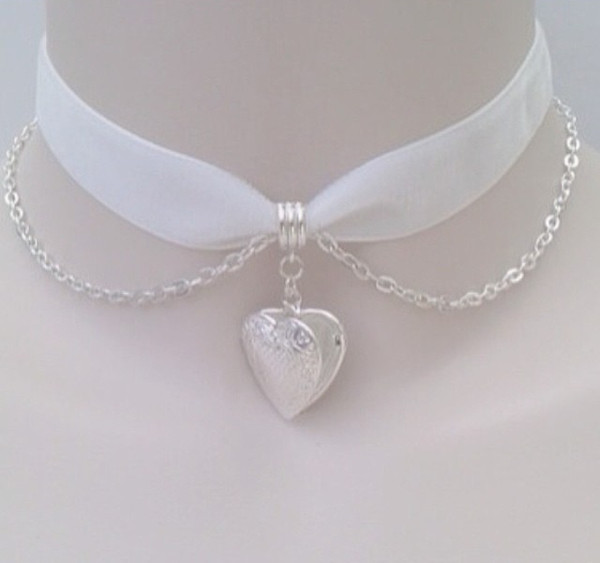 jewels not jewels necklace lace heart white choker necklace chain pretty classy soft grunge