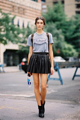 vanessa jackman blogger grey t-shirt pleated skirt leather skirt$ leather skirt black skirt black boots tennis skirt skirt mini skirt boots t-shirt streetstyle summer outfits
