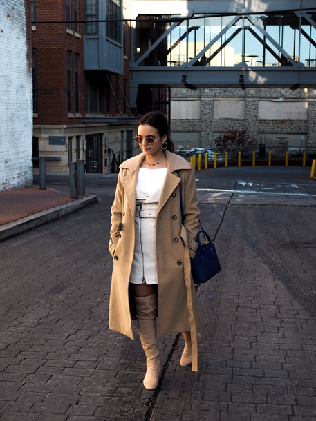coat tumblr camel camel coat skirt mini skirt white skirt boots nude boots over the knee boots over the knee sunglasses