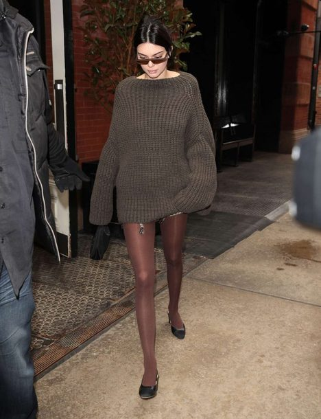 Sweater Tights Kendall Jenner Sweater Dress Oversized Sweater Oversized Streetstyle Ny