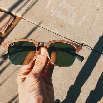 sunglasses rayban woods brown troye sivan
