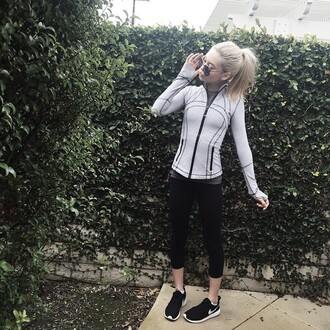 jacket makeupbymandy24 youtuber workout top workout leggings sweater instagram california shoes leggings red lime sunday