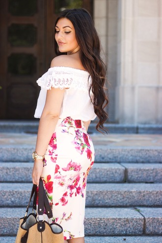 carly maddox blogger bodycon skirt floral skirt off the shoulder top gold watch