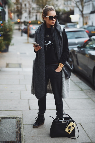 en vogue coop blogger jacket sweater scarf pants bag shoes