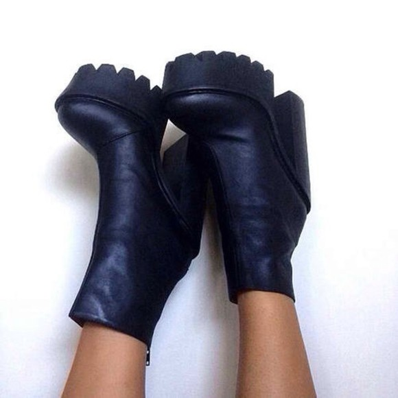 shoes black boots chunky heels boots black