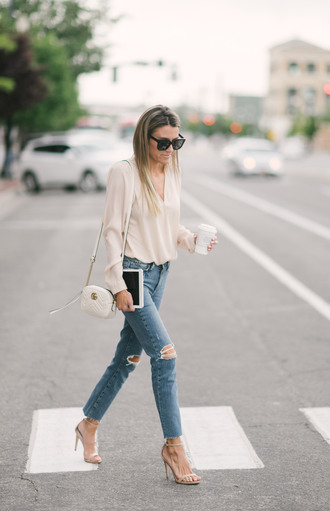 jeans sunglasses tumblr blue jeans ripped jeans skinny jeans sandals sandal heels high heel sandals bag white bag shirt shoes