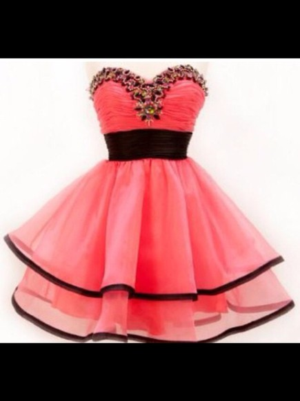 sweetheart neckline pink dress