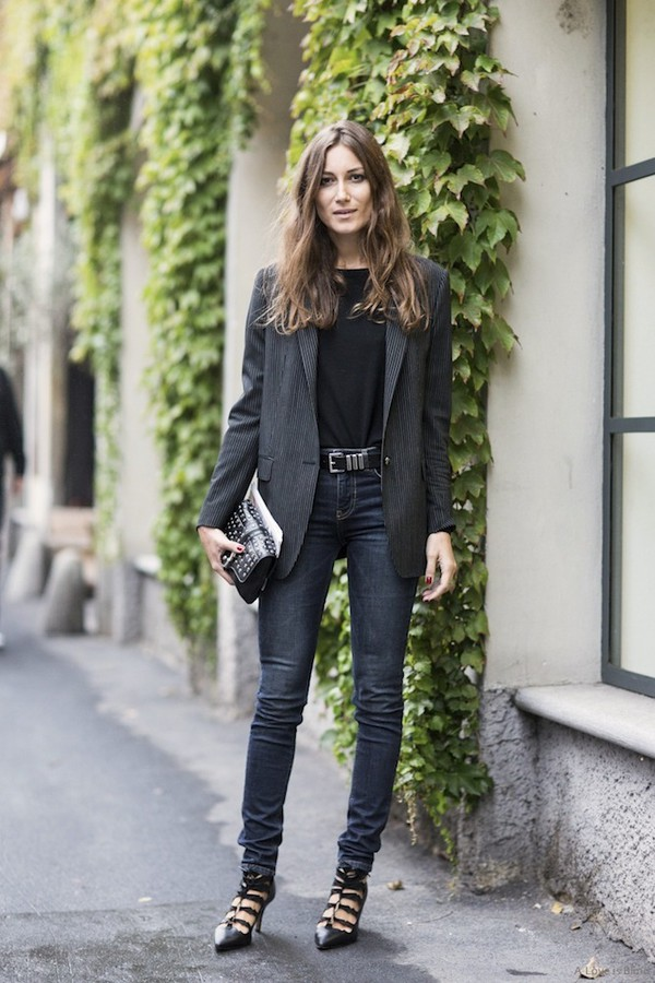 le fashion image blogger jacket belt bag jeans office outfits