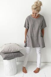 top,linen,long top,linen top,grey top,pants,white pants,home accessory,pillow,grey t-shirt