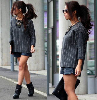bag sunglasses shorts article 21 blogger jewels statement necklace striped sweater black boots