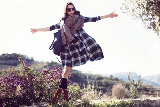 frassy blogger bag scarf shoes tartan flowy