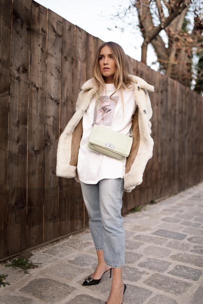 coat tumblr white coat teddy bear coat fuzzy coat denim jeans blue jeans cropped jeans pumps mules t-shirt white t-shirt bag white bag