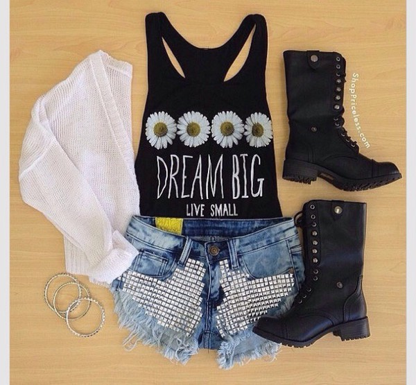 jeans shorts t-shirt boots top