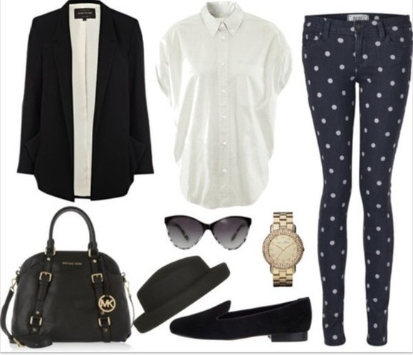 white tshirt jeans penny loafers polka dots navy blue black shoes skinny jeans