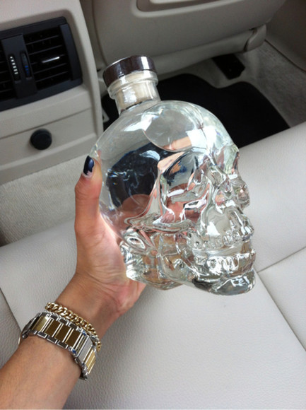 gift jewels present vodka drink skull dead fashion style clock rich tumblr post love like bottle aniverasry birthday girl bag glass cool grunge skull bottle skull ring skull rings