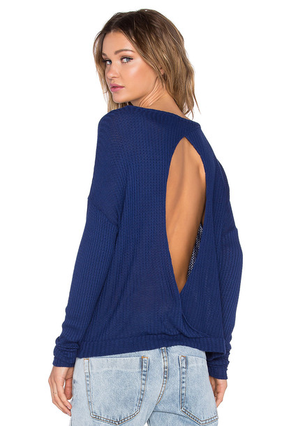 Chaser pullover back long open open back blue