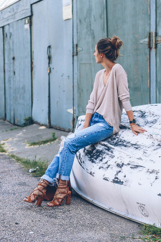 prosecco and plaid blogger sweater jeans shoes jewels bag