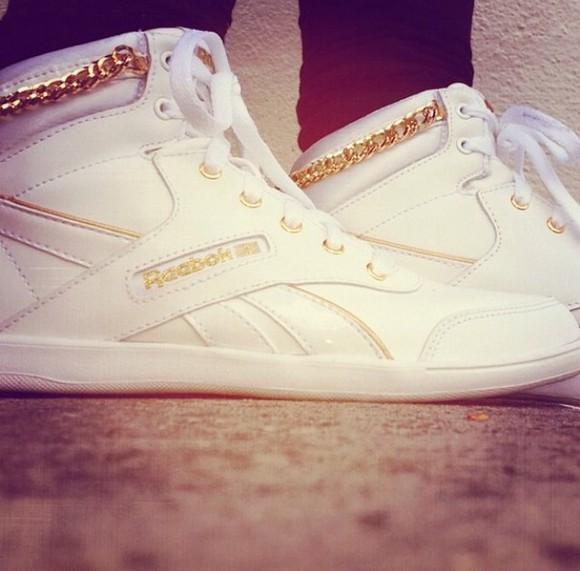 shoes Reebok gold white sneakers goldchain