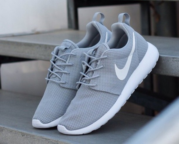 shoes roshe runs nike nike sneakers