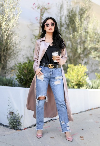 goodbadandfab blogger jeans tank top coat belt shoes sunglasses ripped jeans gucci belt pink coat pumps spring outfits