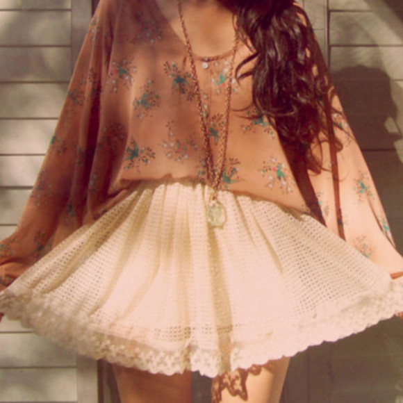 hipster top flowy blouse flowery top cute white skirt lace kawaii