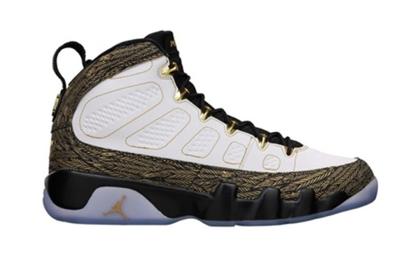 shoes jordans jordans white jordan's shoes sneakers sneakerhead sneakers white gold 9s girl high tops